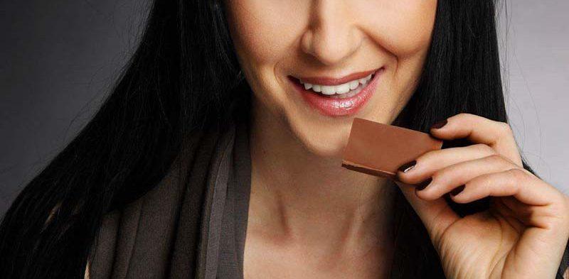 Foto von Rosemarie Schnipp mit Schokolade